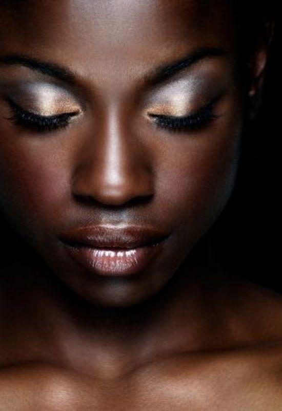 21-stunning-wedding-makeup-ideas-for-dark-skin-tones-17 ...