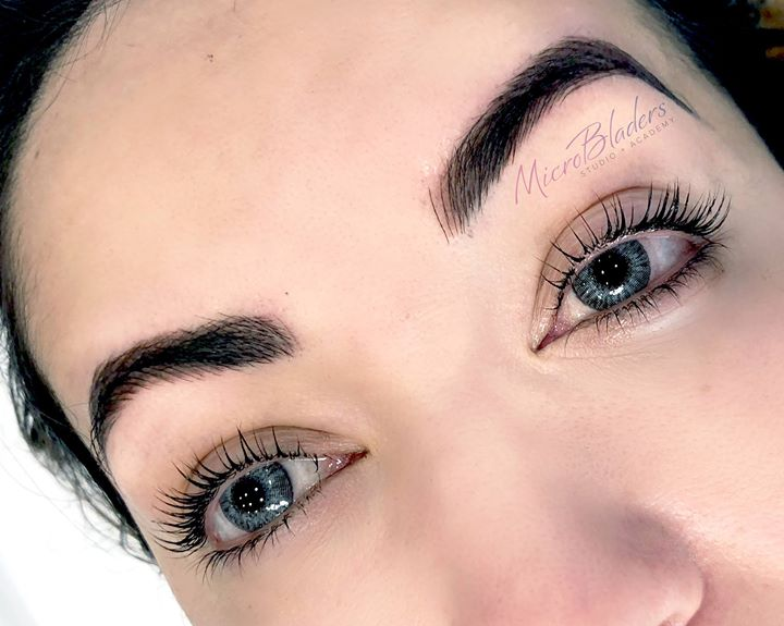 Microbladed Brows Look with Lash Lifting