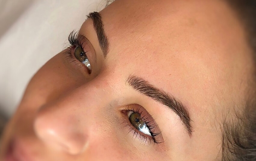 Micrbladed Brows