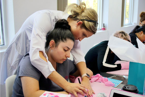 Microblading Apprentices Instruction with Danielle at MicroBladers Las Vegas